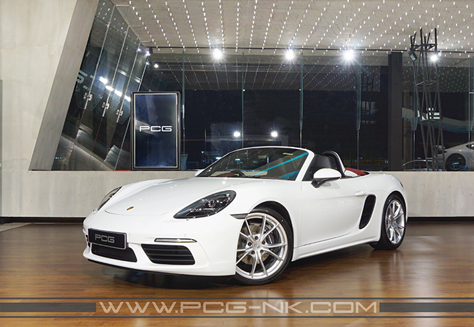 NEW 718 BOXSTER