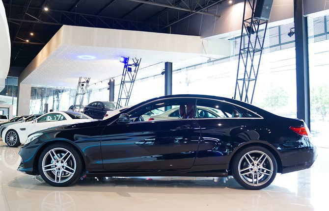 Benz Nk Mercedes Benz E Class E200 Cgi Coupe Facelift